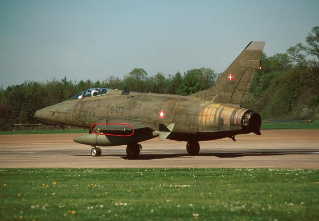 F 100 D Super Sabre  Turquie  ESCI  1/72 F-100d10