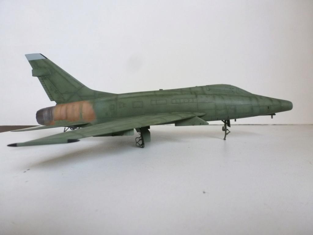F 100 D Super Sabre  Turquie  ESCI  1/72 P1150711