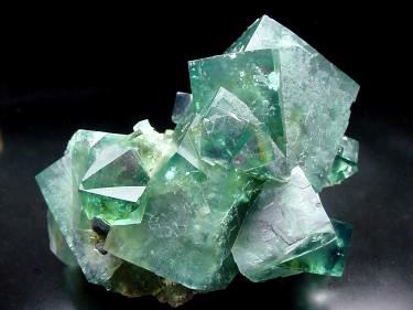 Зеленые кристаллы Greenc10