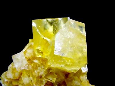 Желтые кристаллы  Yellow10