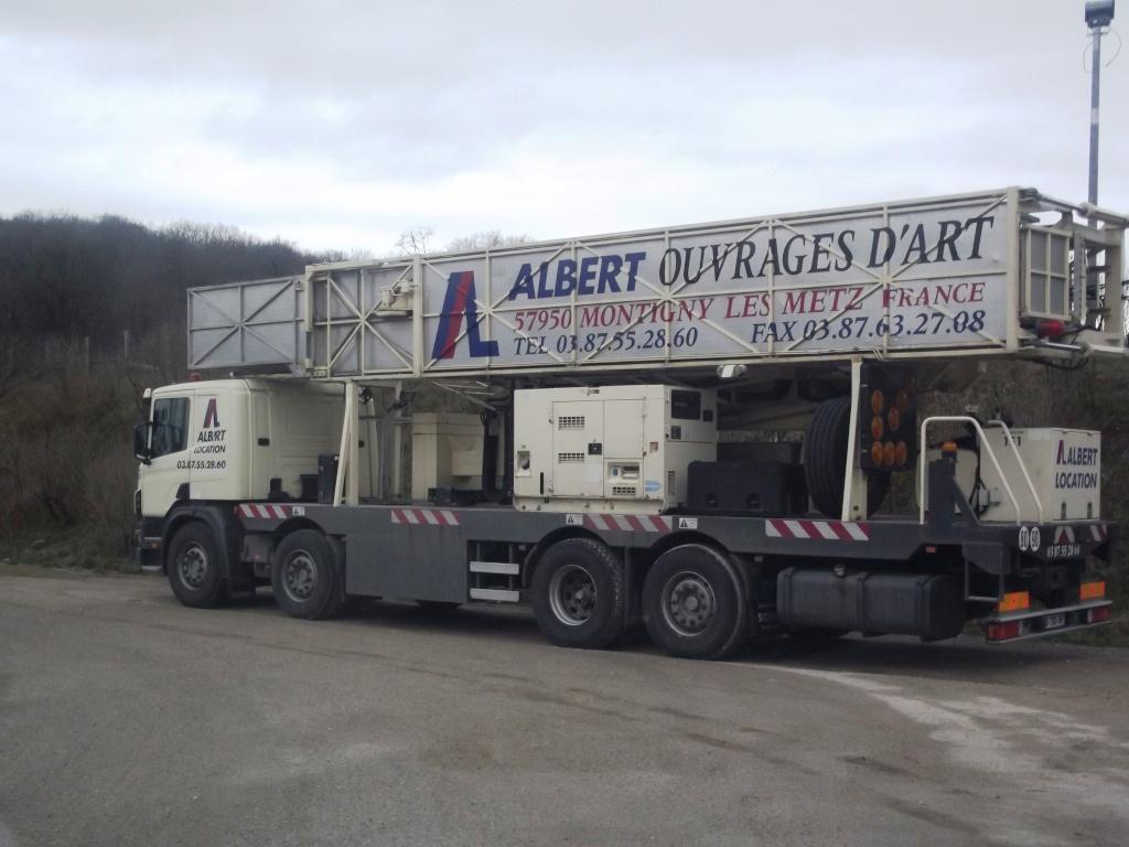 Un camion pour la prospèction des ponts. Photo613