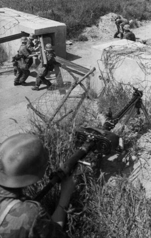 Les troupes de la Luftwaffe en Normandie 30010