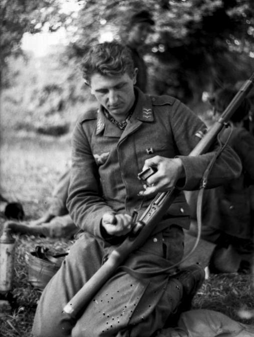 Les troupes de la Luftwaffe en Normandie 30410
