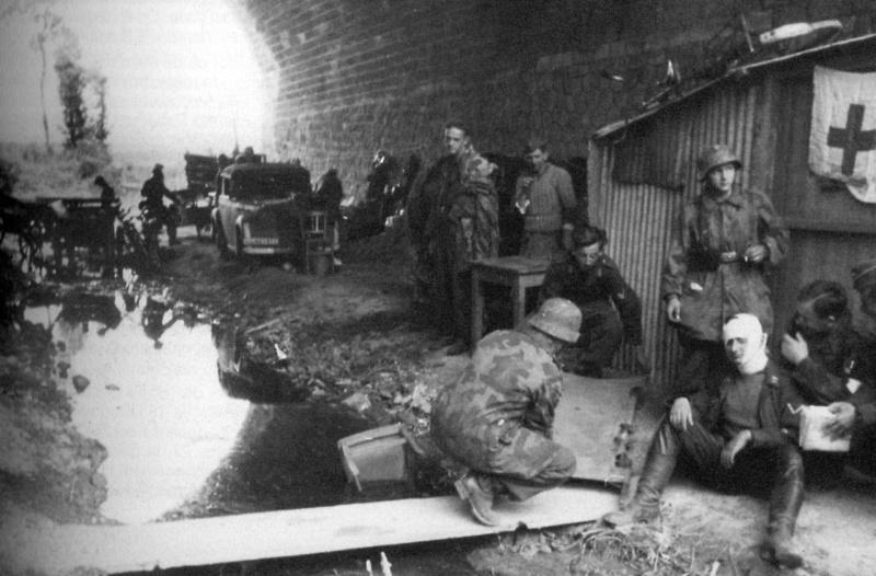 Les troupes de la Luftwaffe en Normandie - Page 2 48510