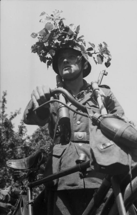 Les vélos de l'armée Allemande ww2 - Page 2 Aqgzg110
