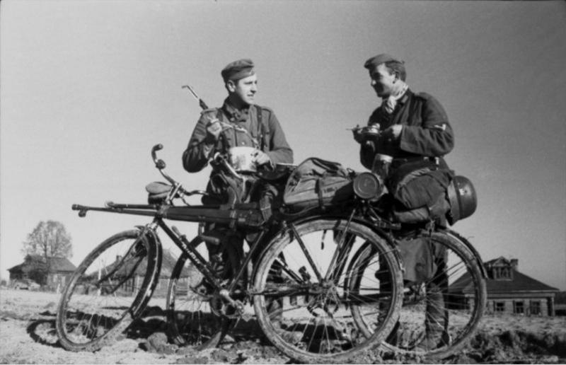Les vélos de l'armée Allemande ww2 - Page 2 C210