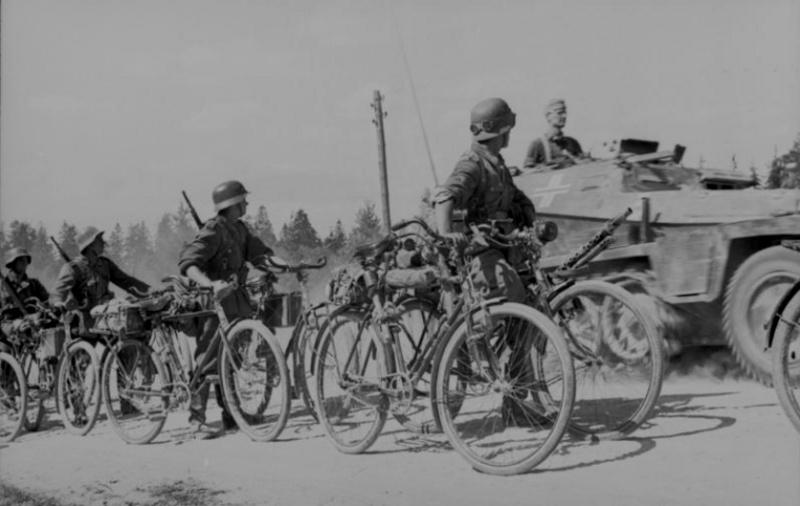 Les vélos de l'armée Allemande ww2 - Page 2 Erzag110