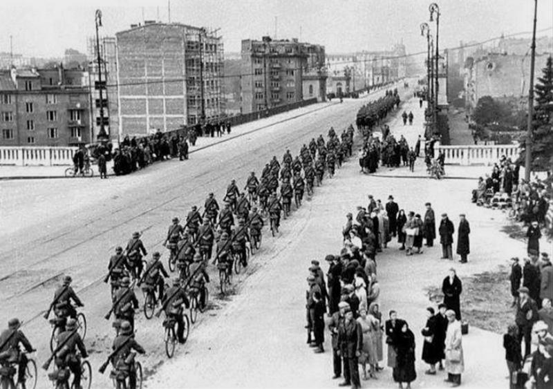 Les vélos de l'armée Allemande ww2 - Page 2 Gezsr110