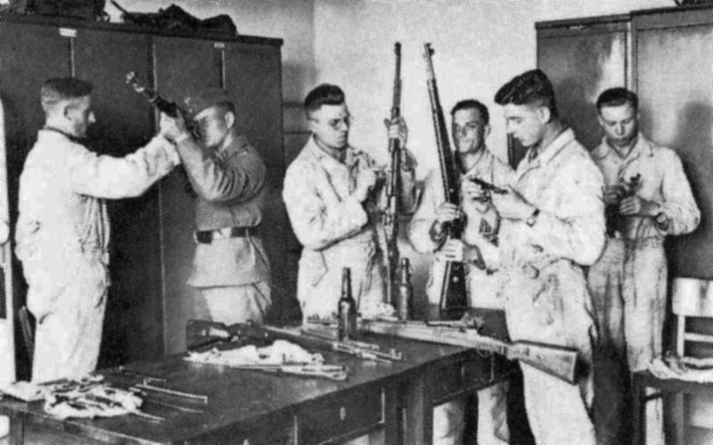 Les soldats de la Luftwaffe à l'instruction Yy11010