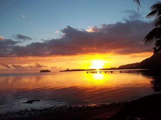 Mes couchers de soleil polynésiens - Page 2 100_1017