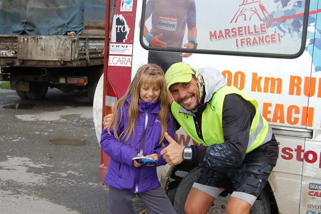 De Marseille en Australie, 28000 km sans jour de repos Cv010914