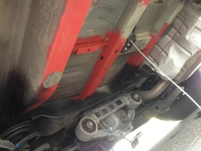 Aux possesseurs de roue de secours Img_0114