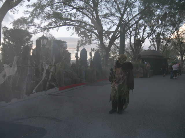 [Universal Orlando Resort] Halloween Horror Nights - Page 10 P1120015