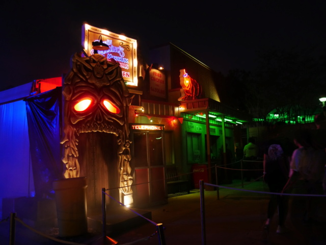 [Universal Orlando Resort] Halloween Horror Nights - Page 10 P1120018