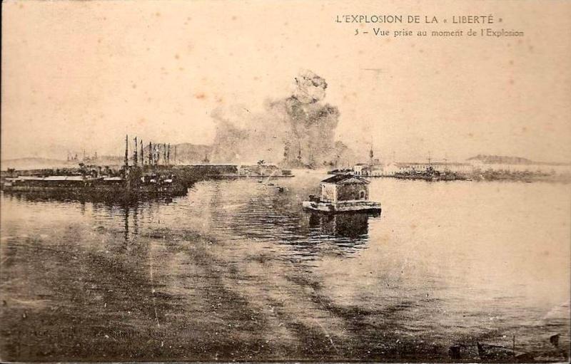 Le 25 septembre 1911 le cuirassé Liberté explosait à Toulon 1911_910