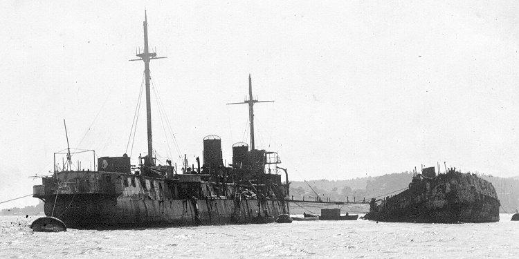 Le 25 septembre 1911 le cuirassé Liberté explosait à Toulon Latouc10
