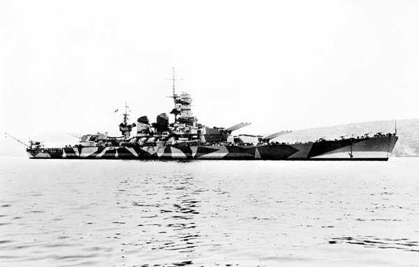 8 septembre 1943,la flotte italienne se rend aux Alliés Roma10
