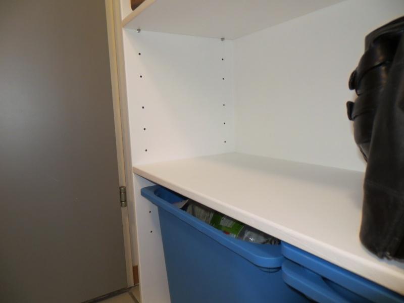 Un meuble pour chaussures et tri des déchets Img_0313