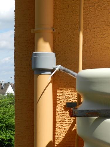 cuves pour eau de pluie Dscn3724