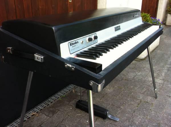 [réalisation] un couvercle de piano Fender Rhodes  Fender11