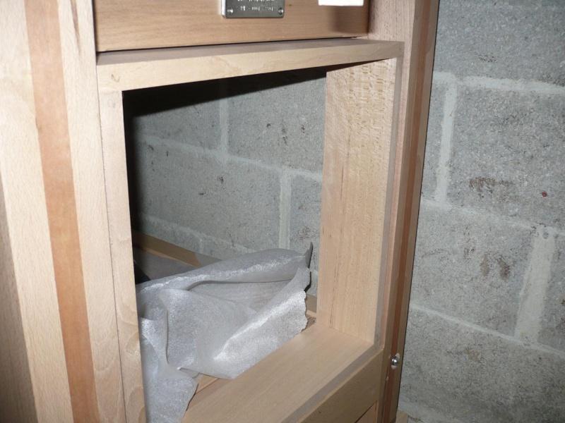 [Réalisation] d'une petite armoire pour mon établi P1040521