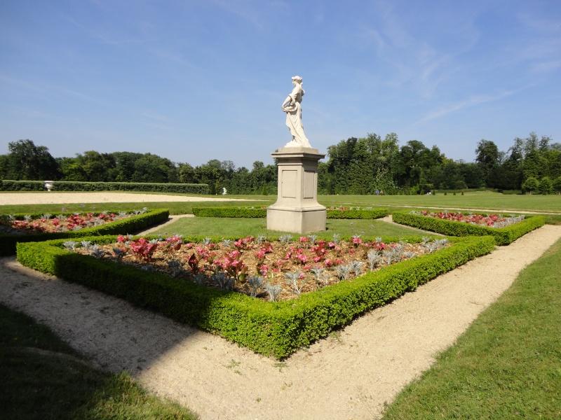 Le château de Champs sur Marne - Page 6 Dsc02415