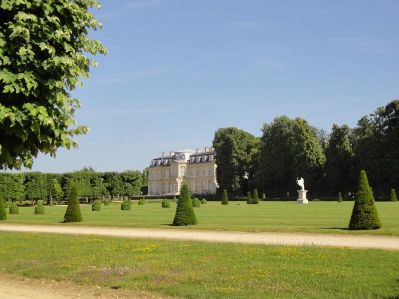Le château de Champs sur Marne - Page 6 Dsc02518