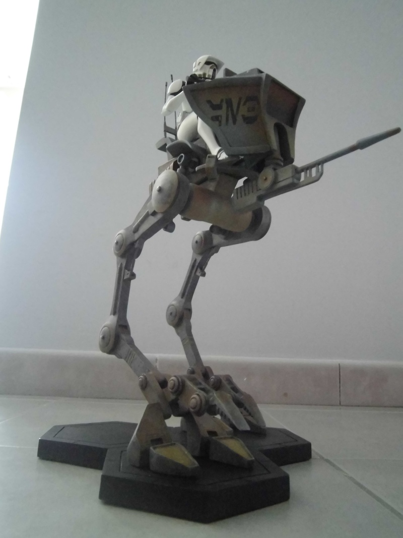Gentle Giant - AT-RT w/Driver Maquette Cimg0943