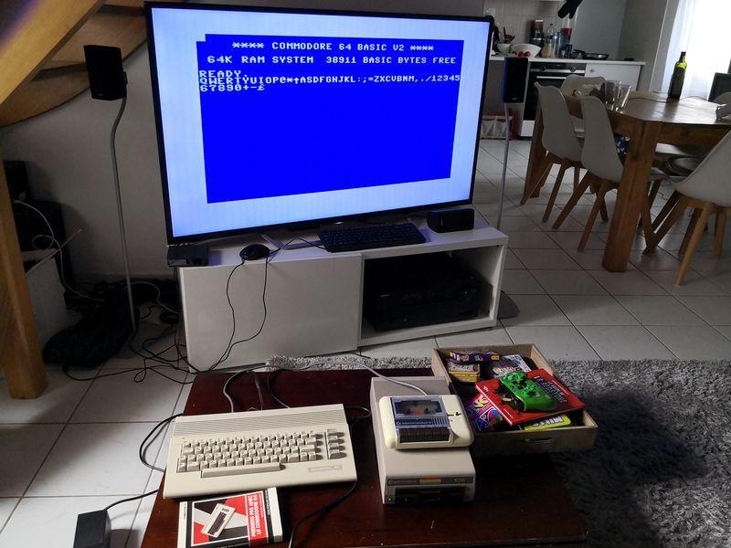 [VENDU] Commodore 64 + 1541 + Datassette Img_2144