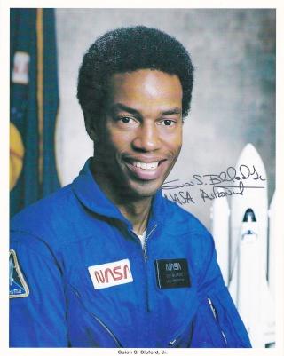 30 août 1983 - Mission STS-8 / 30ème anniversaire Blufor10