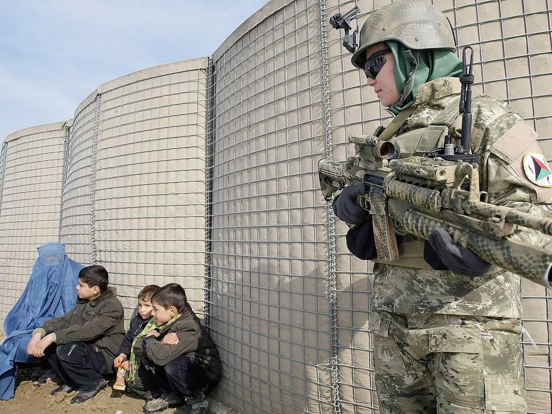 Nữ đặc nhiệm Afghanistan Afghan17