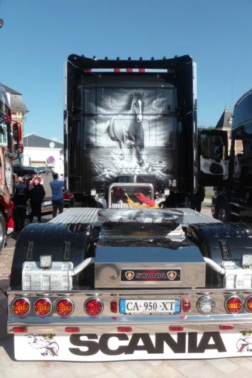 camions decorés Dos_512