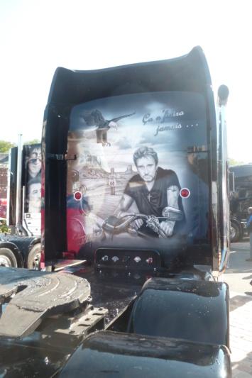 camions decorés - Page 2 Dos_812