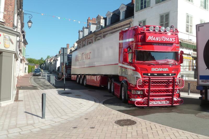 camions decorés - Page 2 Scania69