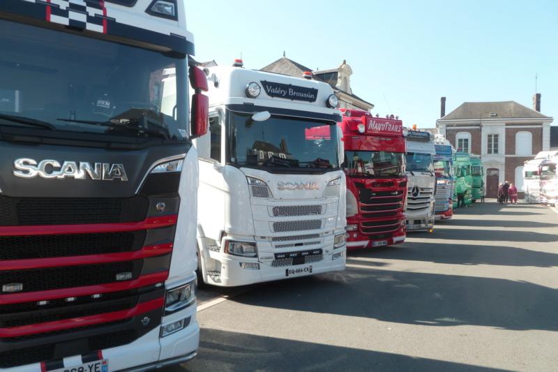 camions decorés - Page 3 Scania77