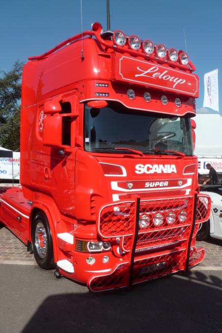 camions decorés - Page 3 Scania80