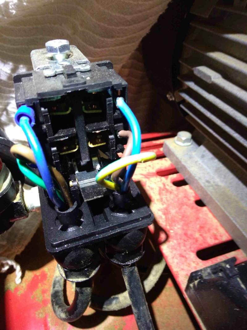 Dépannage compresseur 100 litres 3 HP MECAFER P_202113