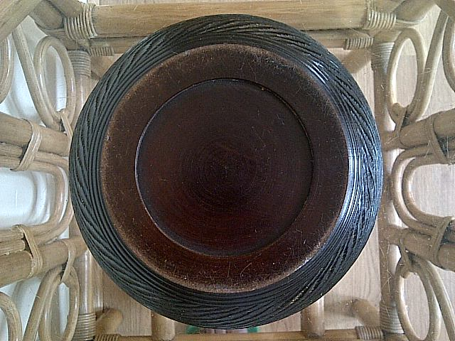 treen dish server with lid, where is this bowl with lid from? Img-2146