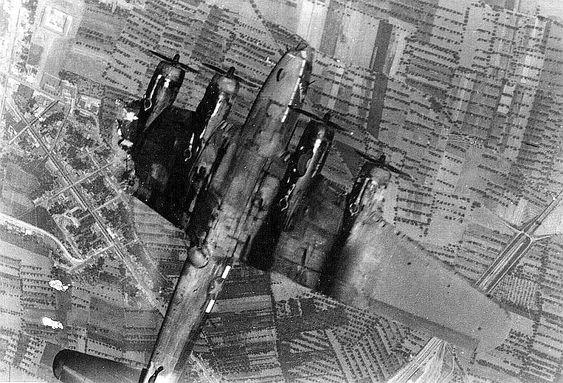 Les avions de guerre. 0c882410