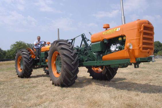 Tracteur ancien 114d2210