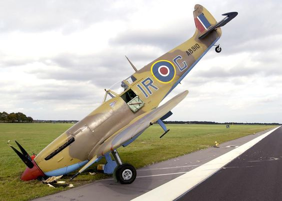 Les avions de guerre. 11d65c10