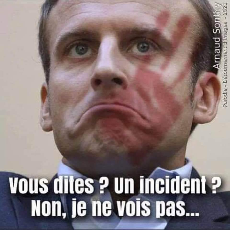 """Macron """"en marche"""" ! - Page 8 19882610"""