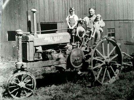 Tracteur ancien 38192a10