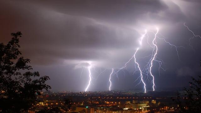 Le tonnerre de Zeus  73e06410
