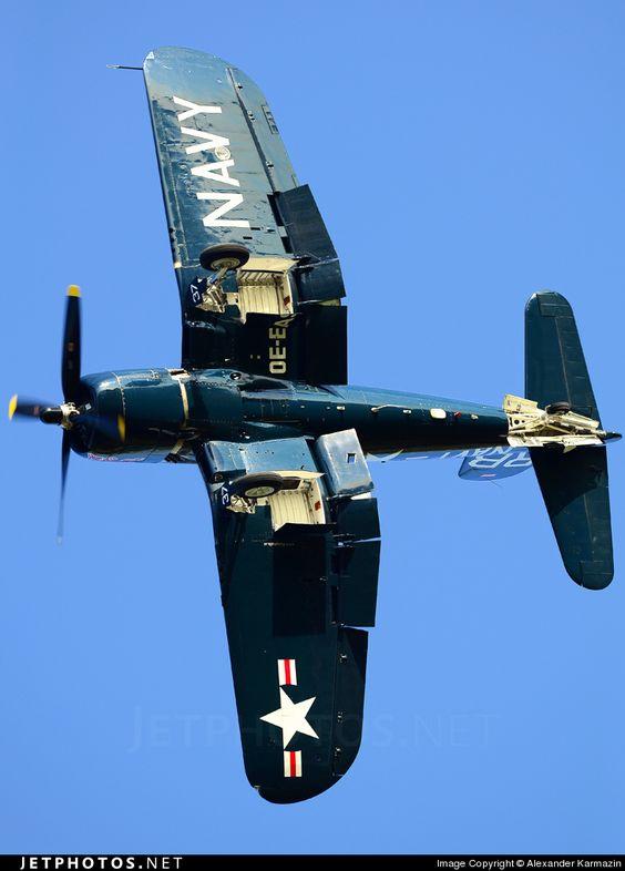 Les avions de guerre. 956e3a10