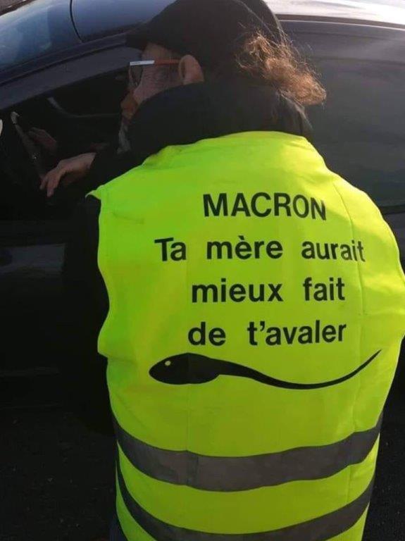 IL va faire des miracles (Macron inside) - Page 22 A6973910