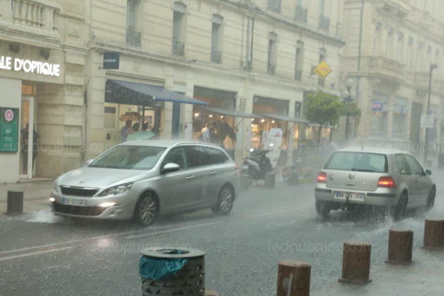 il pleut 2019 - Page 6 Archiv10