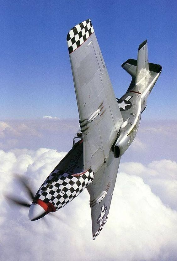 Les avions de guerre. Ecd21710