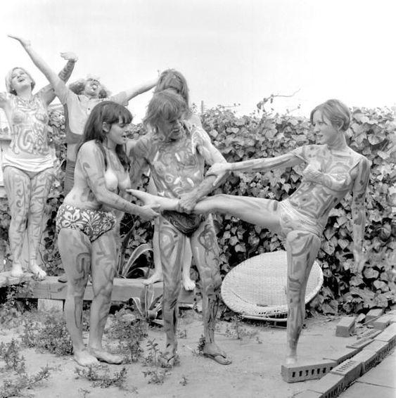 Souvenir: Les années 60 mouvement hippie F45dc010
