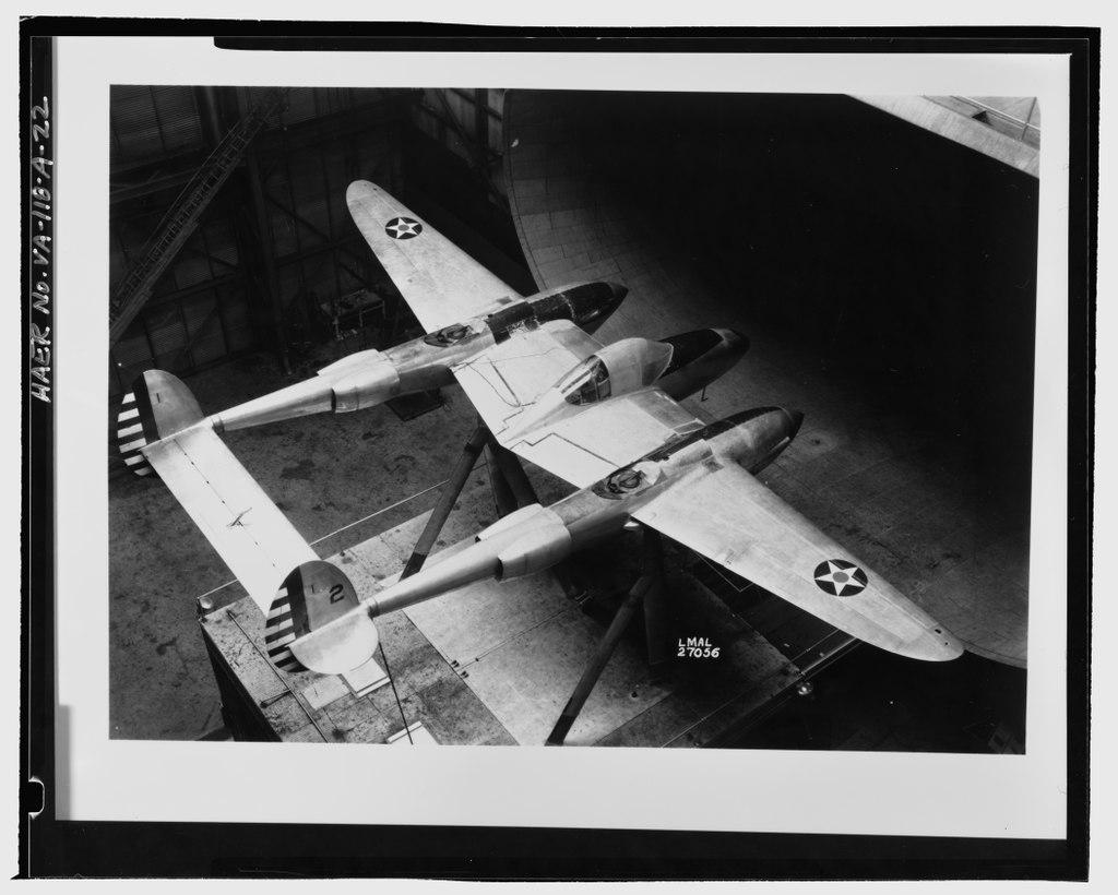 Les avions de guerre. - Page 2 Lossy-10